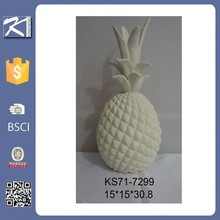 China supplier white ceramic decorative pineapple for home decoration