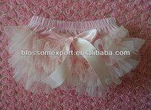 hot sale cute pale pink chiffon ruffled baby bloomer for kids Summer girls knit shorts baby bloomers ruffle shorts