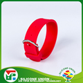 Solid color fashion silicone watch strap bracelet with metal clasp