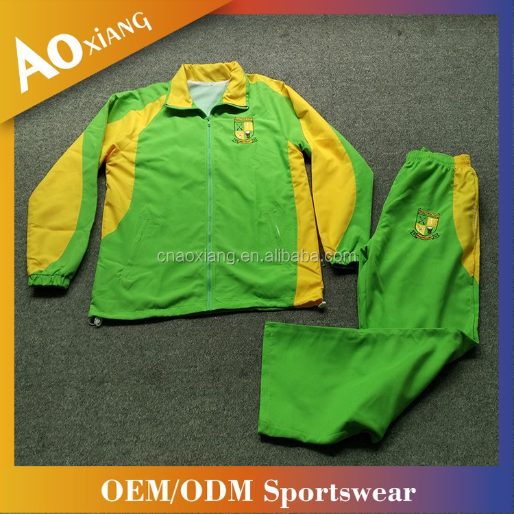 Wholesale unisex windproof football traning suit Custom embroidered logo green and yellow men soccer lastest design tracksuit