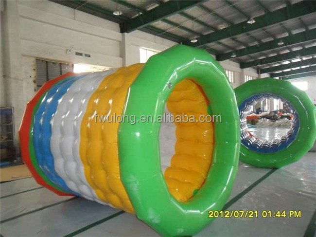 Human sized inflatable wate roller manufactures plastic human bubble
