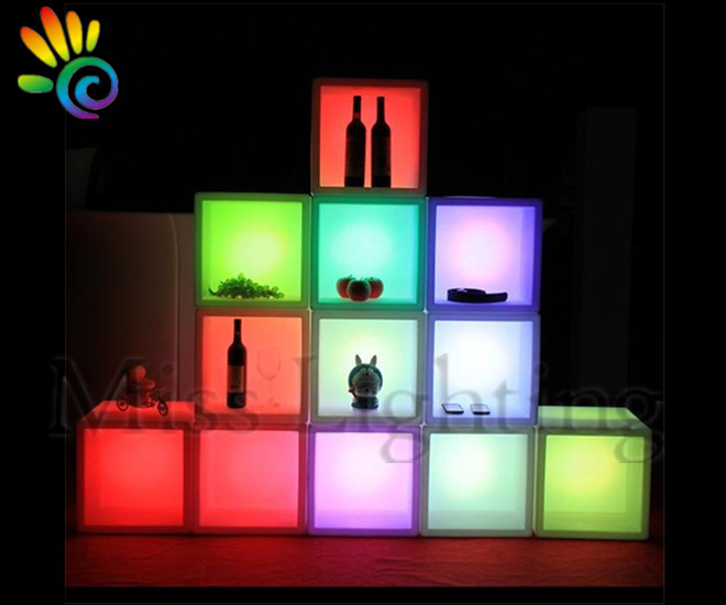 Coolers &amp; Holders Waterproof portable cuboid <strong>LED</strong> illuminated ice bucket Display Racks