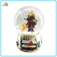 Top Quality Sweet Girl Cute Baby Snow Globes Wholesale / Custom Human Snow Globe