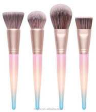 2017 New Arrival Rainbow Gradual Changing Color Makeup Brush