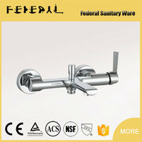 LB-25702 2015 New Design Low Price Brass Gold-Plated Bathroom Faucet