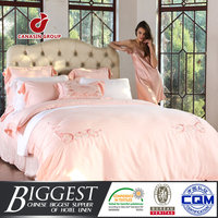 golden brand produce best european bed linen