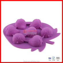 Strawberry shape silicone cake mould