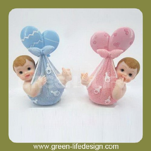 Boy and girl figurine baptism souvenirs