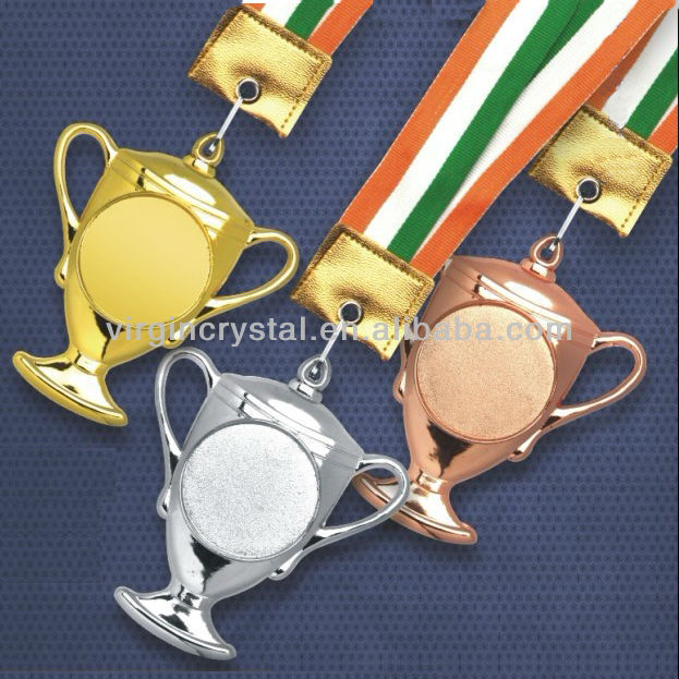 Trophy Cup Shape Design Metal Medal for Champion Honor