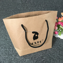 guangzhou printing new design handbag kraft paper bag for suit packaging with glossy black logo