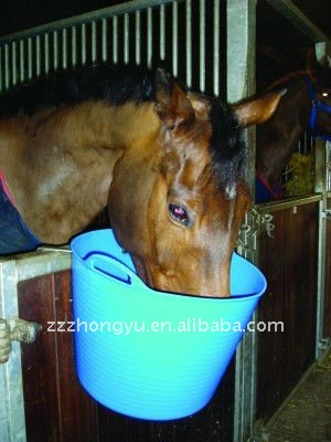 flexible rubber horse feeding buckets