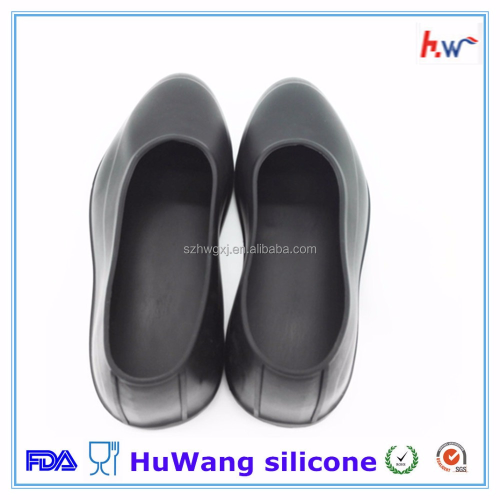 Wholesale unisex waterproof silicone shoes