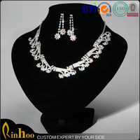 Luxury fashion arabic bridal jewelry sets with rhinestone necklace earrings