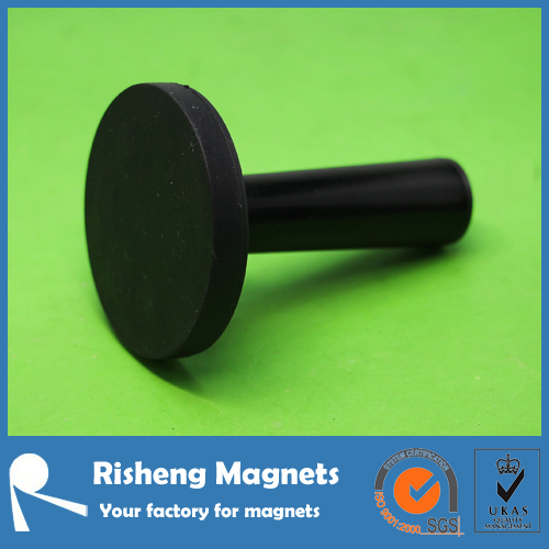 Black rubber coated magnetic gripper vehicle wrap tool
