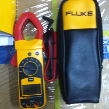 Brand New FLUKE 312 AC/DC Digital Clamp Tester Multiemters