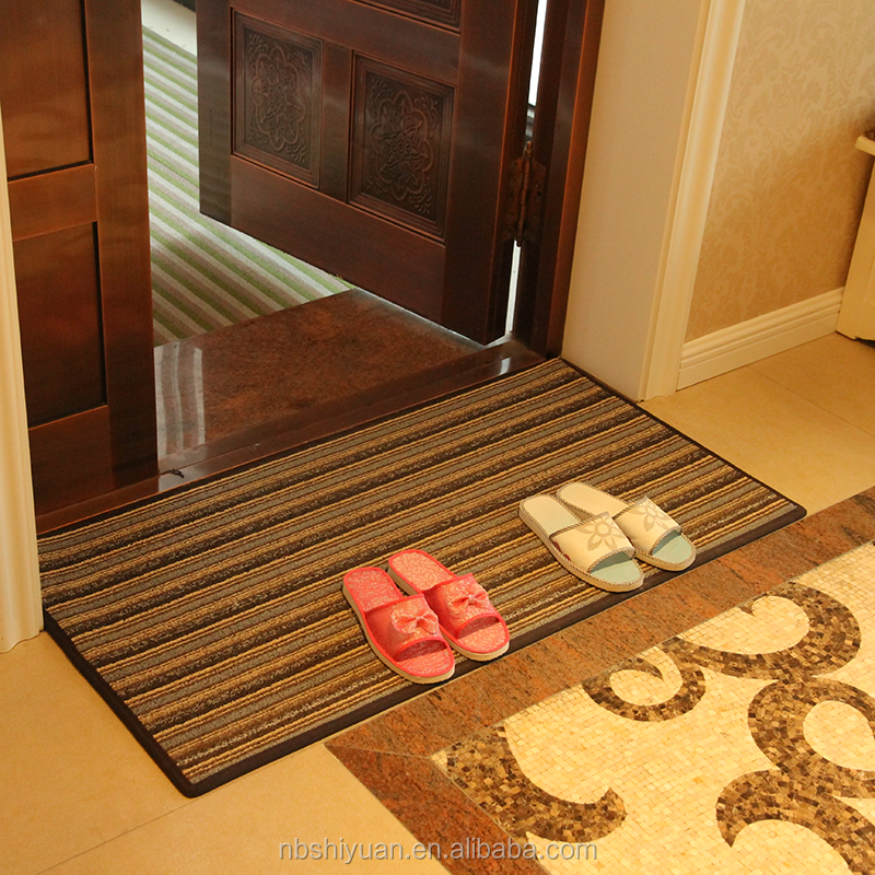indoor/outdoor floor mat