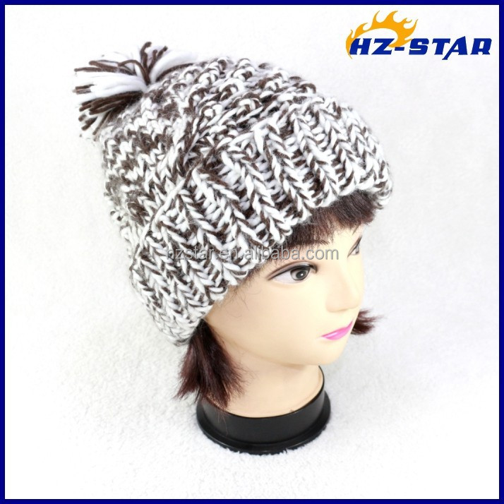 HZM-14225003 Roving Yarn beanie adult hand crochet knitted pompoms italy hats wholesale
