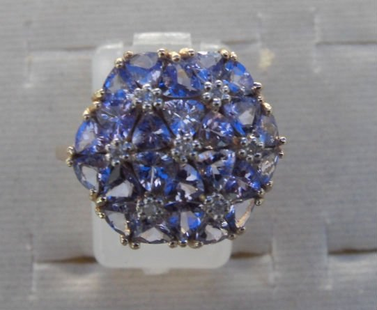9K Gold Tanzanite and Diamond ring