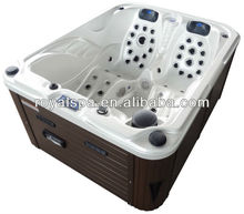 Luxury romantic outdoor water pool tub spa with radio