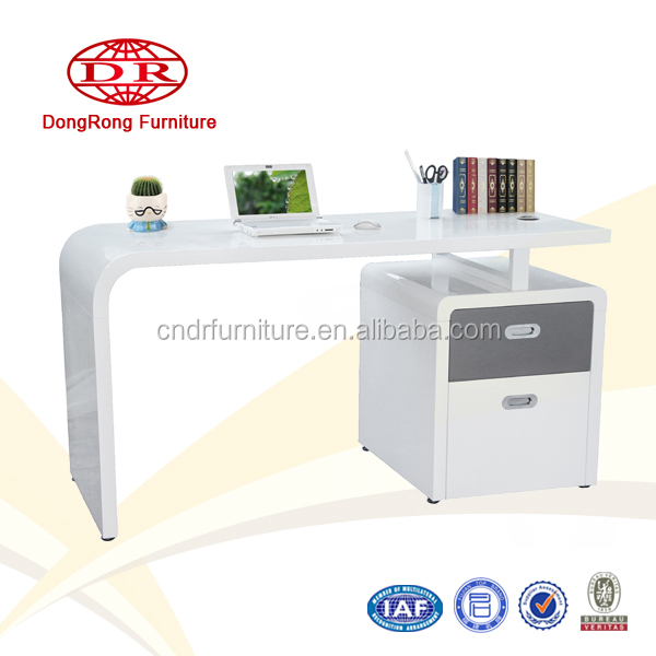 Hot selling low price office table models for home