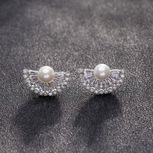Hot Sales High Quality Charm Fanshaped Crystal Zircon Stud Earrings