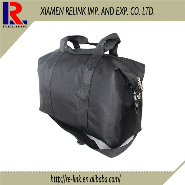 Wholesale promotional fashion travel duffle bags