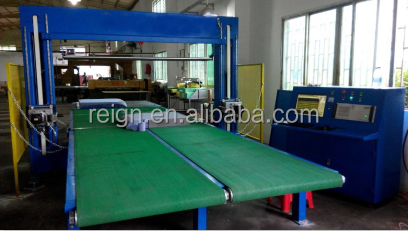 matress cutting machine with both horizontal and vertical oscillating blades