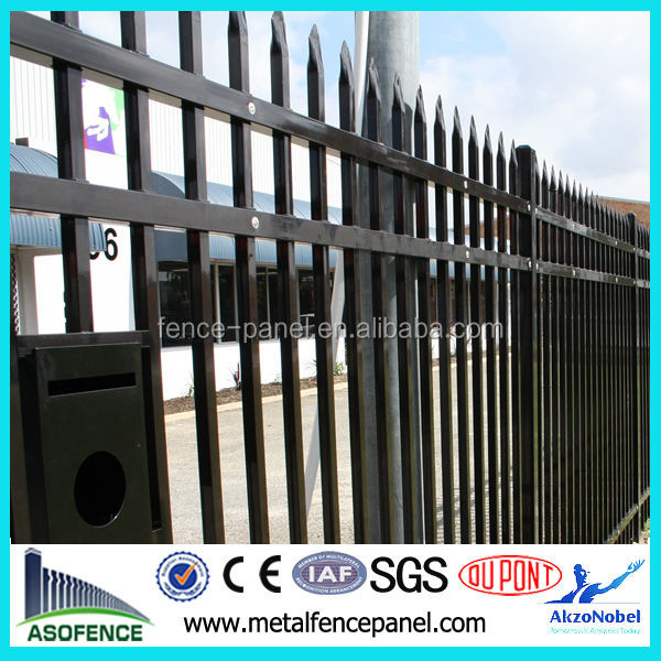 Made in China Galvanized <strong>Iron</strong> Industrial Safety Fence