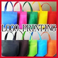 High Quality 48cm*35cm+10cm Bottom10 kinds of Color Printing Logo Non-woven Bag Shopping Bag With Handle Clothes Bags