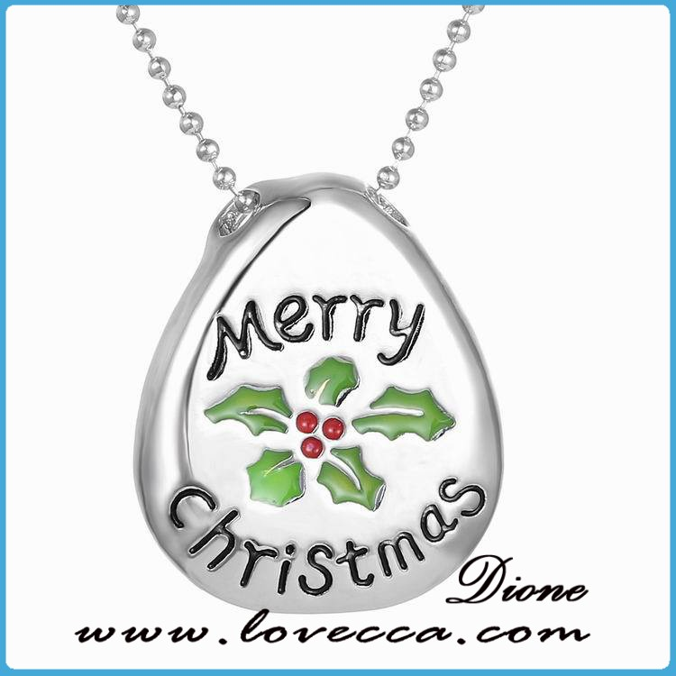 Name engraved cheap letter necklace novelty christmas necklace