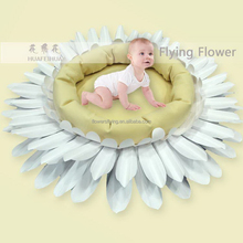 Shanghai factory top quality tissue fabric flower for party