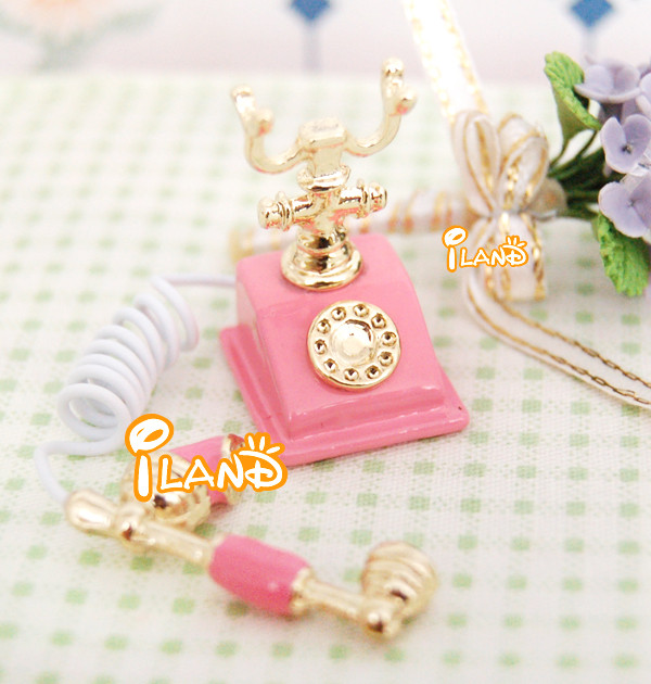 Doll house Miniature Telephone in Pink colour for dollhouse decoration old-fashioned HC004B