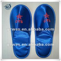 Blue open close velvet with customized embriodery travel slippers