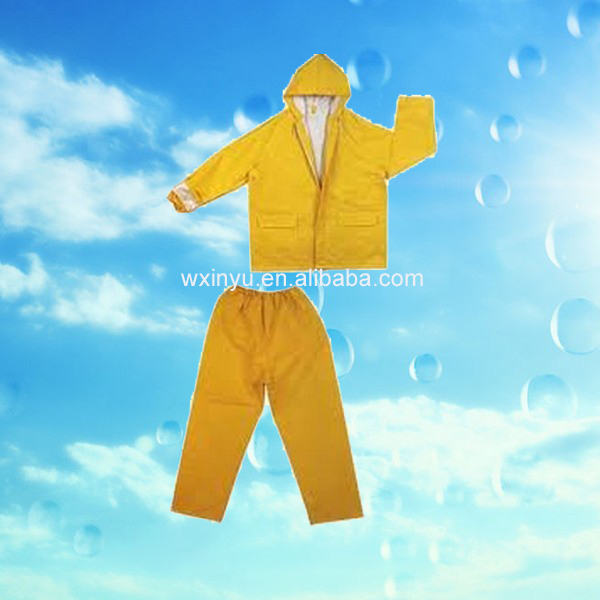 PL06 Adult plastic waterproof pvc/polyester yellow rain suit
