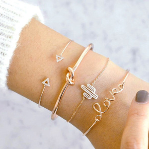 Huilin Wholesale Love Letters Cactus Knot 4-piece Set Bracelet Retro Triangle Diamond Set Bracelet