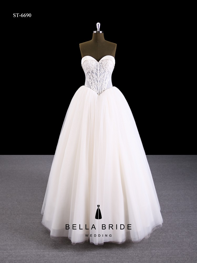 China Guangzhou Manufacturer Factory Wholesale Strapless Ball Gown ...