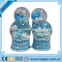 Cheap sea fish whale resin custom snow/glass globes