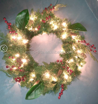 Natural Pinecone and Artificial PIne Needle Decoratived Christmas Wreath
