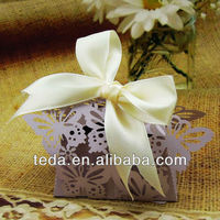 2015Pearl shiny Lilac damask wedding favor box