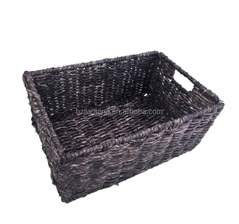 Medium-sized Foldable Corn Husk Storage Baskets, Chocolate