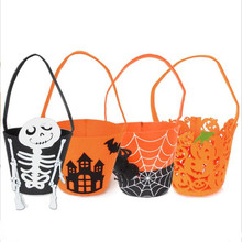 2018 new style halloween lovely non-woven bag for candy with stick skull spider