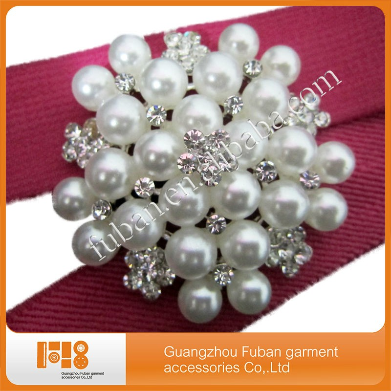 fashion pearl Flower brooch rhinestone brooch for wedding