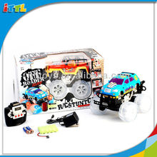 A541637 7 Channel Car With Music Bigfoot RC Dancing Car