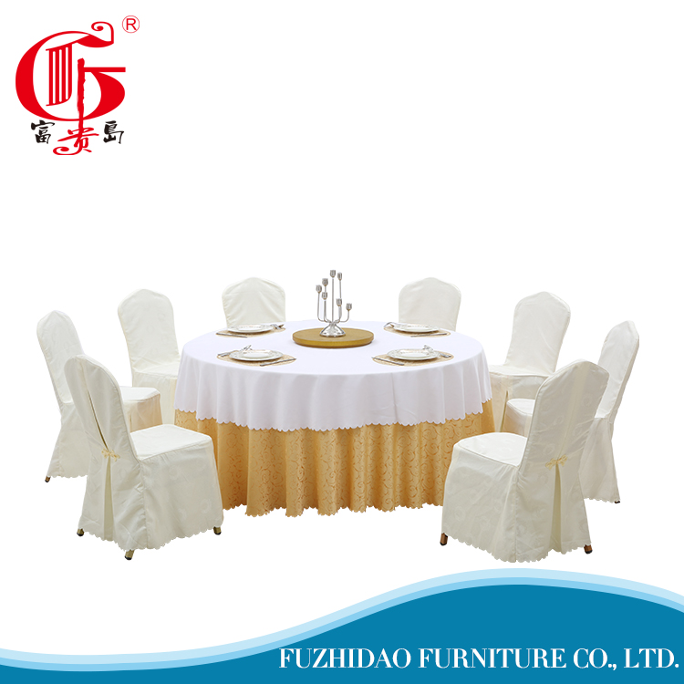 Round tablecloths for wedding hotel with two section