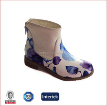 2016 fashion women flat short ankle boot flower print white blue