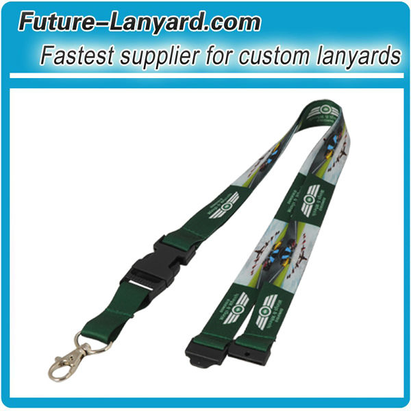 Custom imprinted polyester lanyards