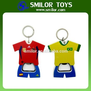 Manufacture Wholesale Creative Recycled T Shirt Bottle Opener Keychain