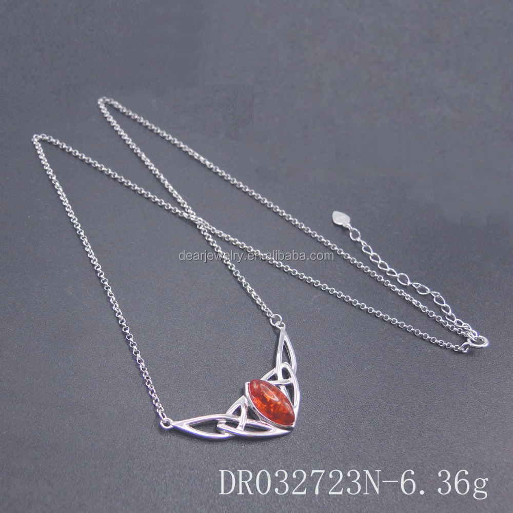 China Factory Unique Resin Amber Designs Sterling Silver Jewelries Necklace DR032723N
