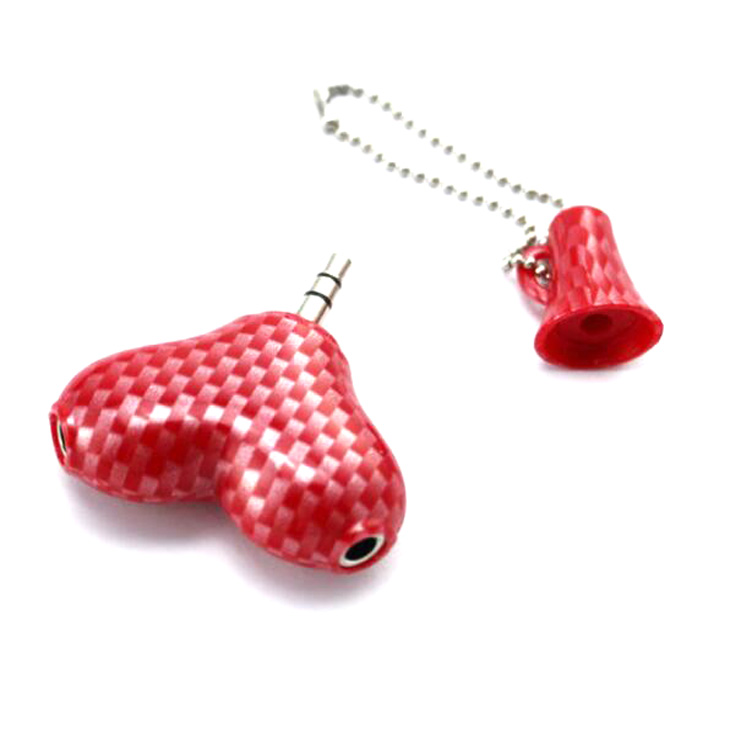 Fashion and hot selling Heart shape 3.5mm earphone splitter for mobile phone