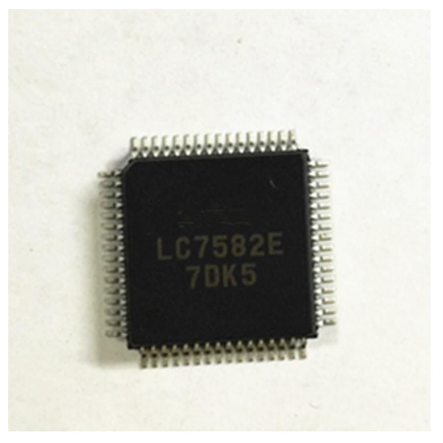 XC7372-10PC84C